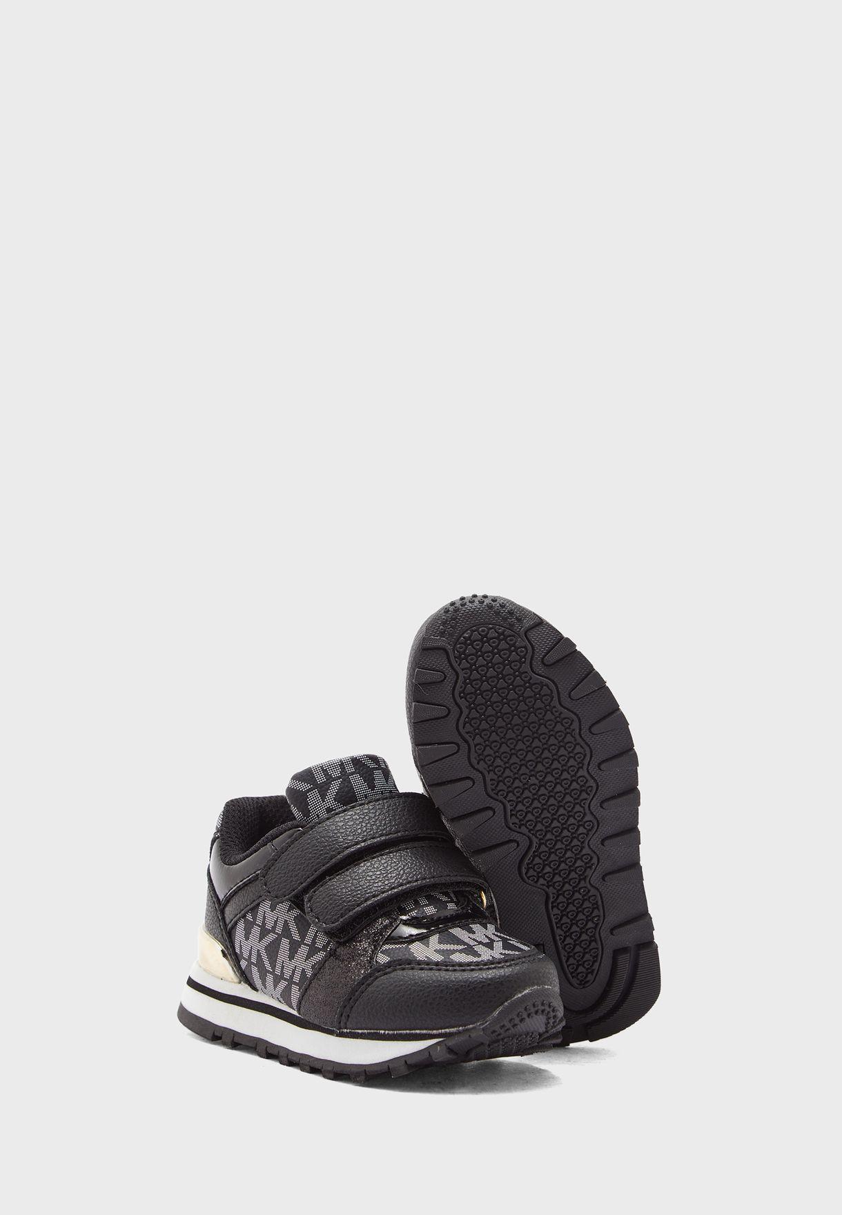 Billie Jogger Low Top Sneakers