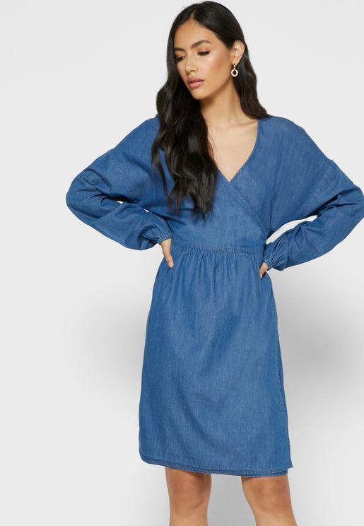 فستان ميني جينز بنمط لف