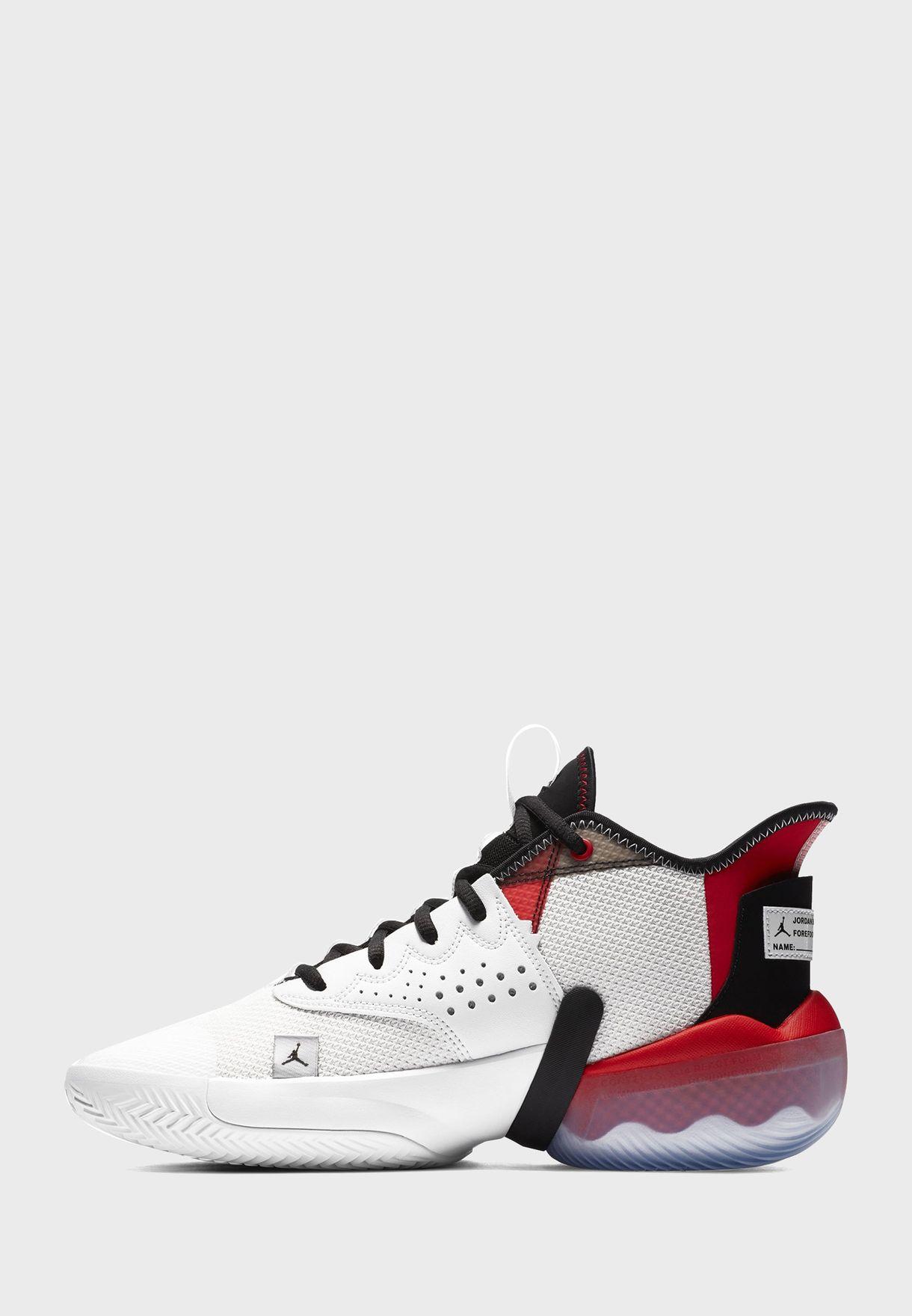 حذاء جوردان تيم اليفيت