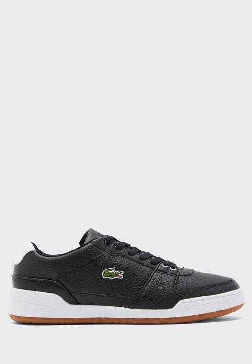 Challenge Sneakers