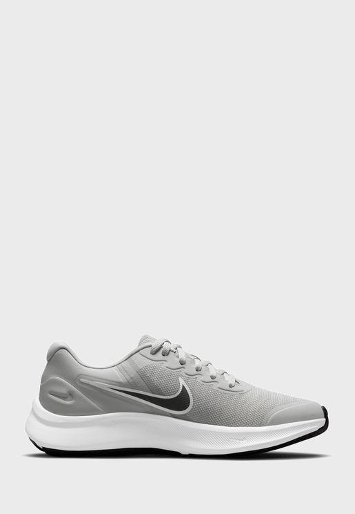 حذاء ستار رنر 3