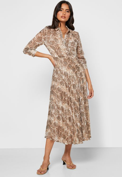فستان مطبع بنمط قميص