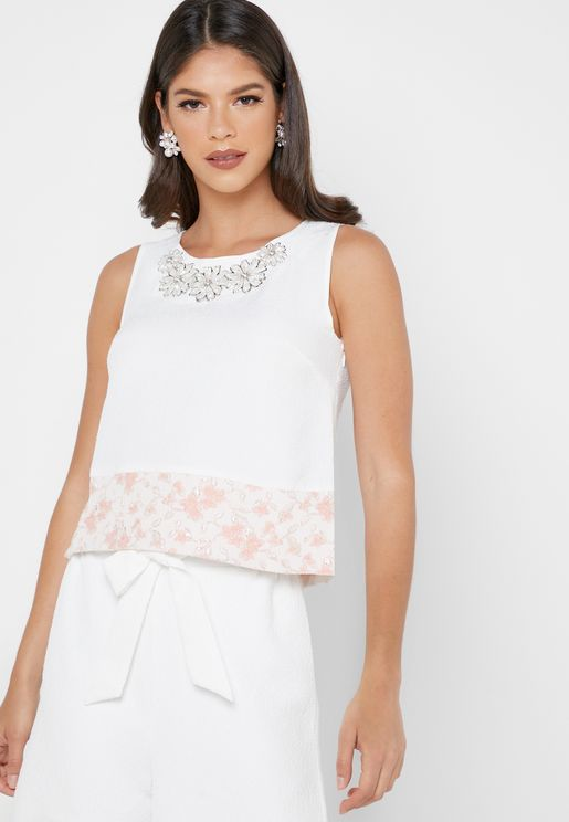 Floral Embroidered Hem Top
