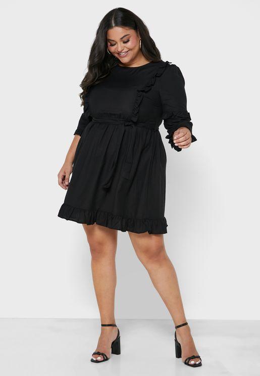 فستان كتان بتنورة واسعة