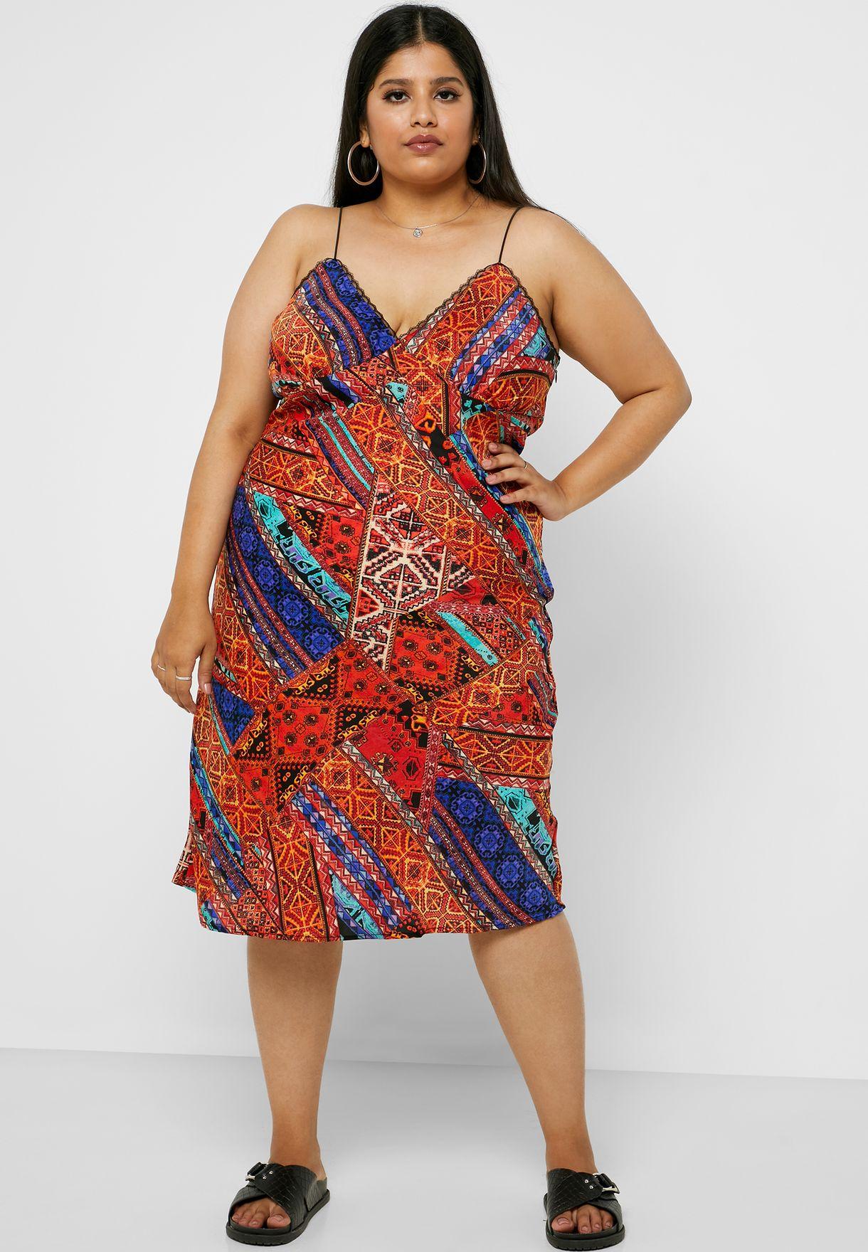 فستان مطبع بحمالات