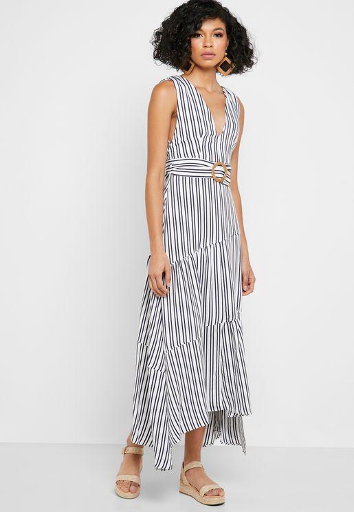 فستان بحزام وخطوط