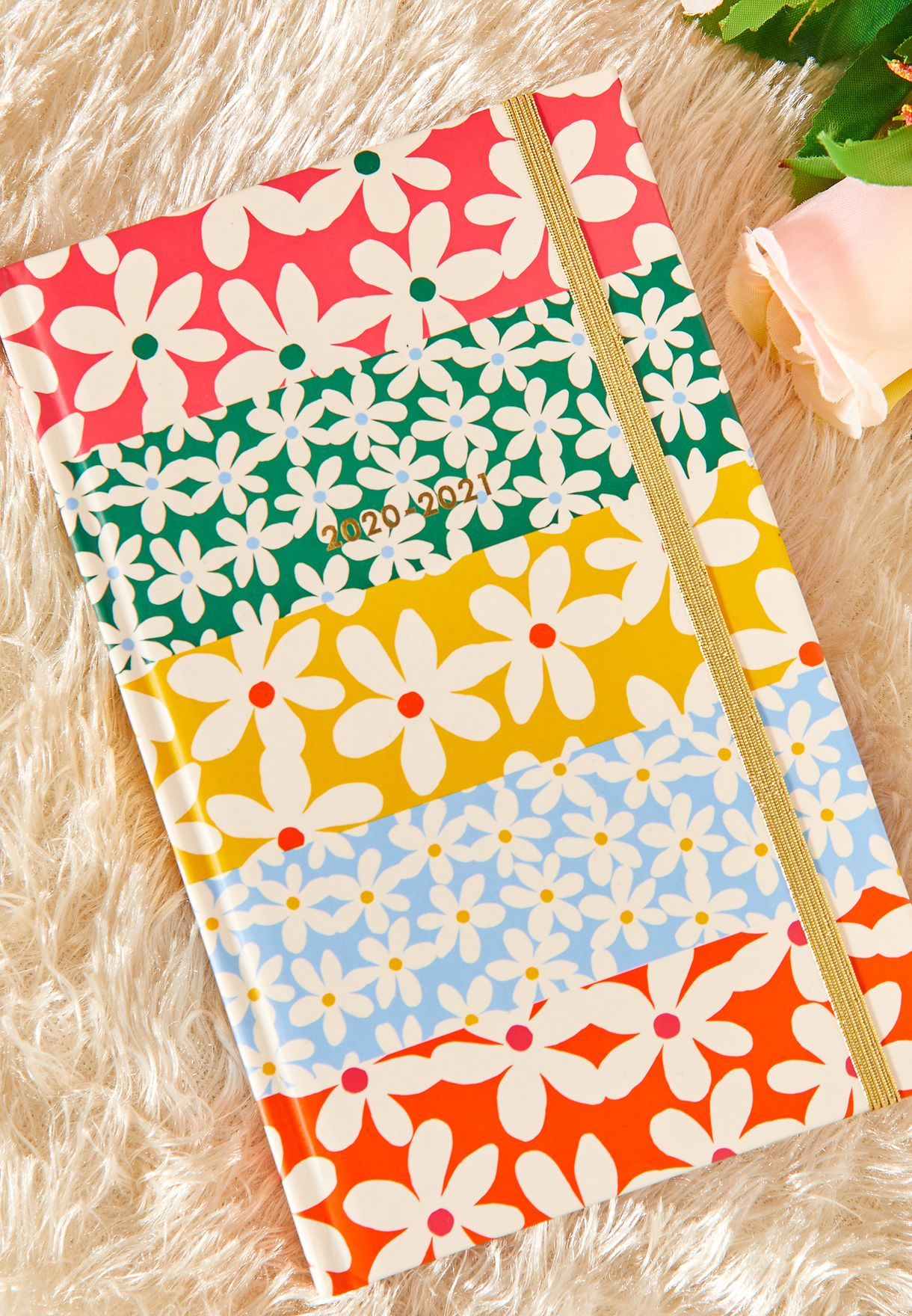 A5 Daisy 17 Month Classic Planner