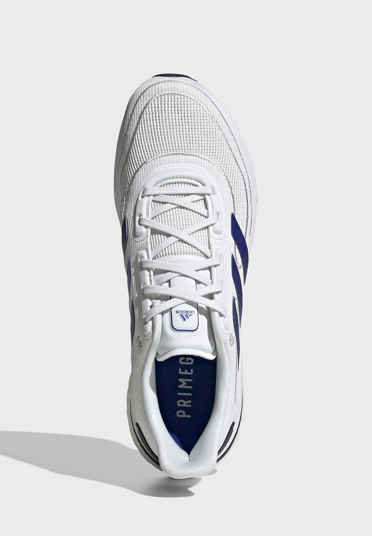 حذاء سولار بوست سوبر نوفا للرجال
