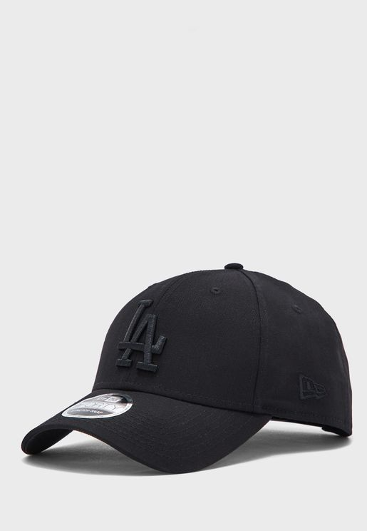 9Forty Los Angeles Dodgers Black On Black Cap