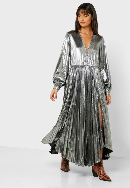 فستان ميتاليك بحافة متباينة الطول