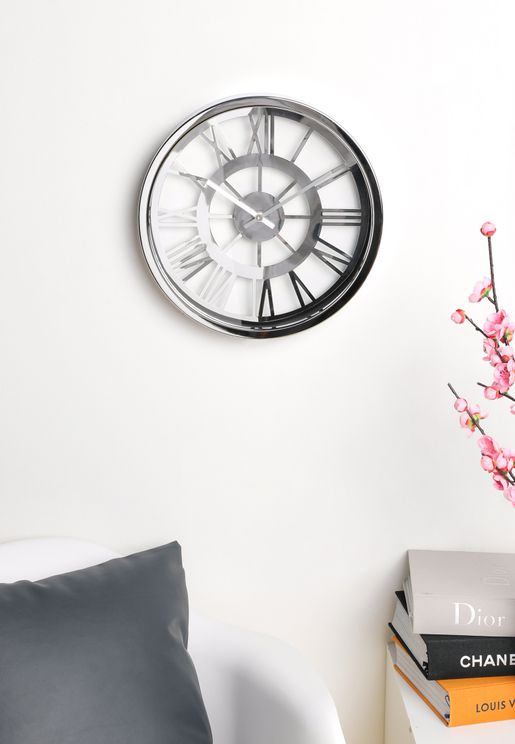 ساعة حائط بارقام رومانية