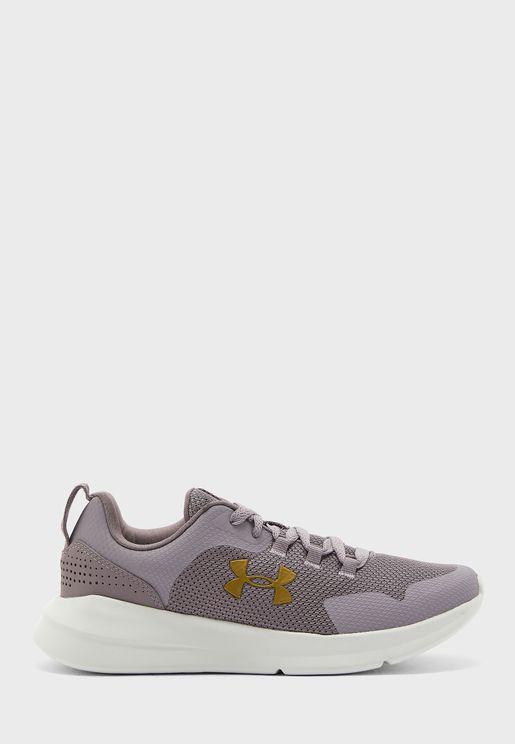 حذاء اسينشال