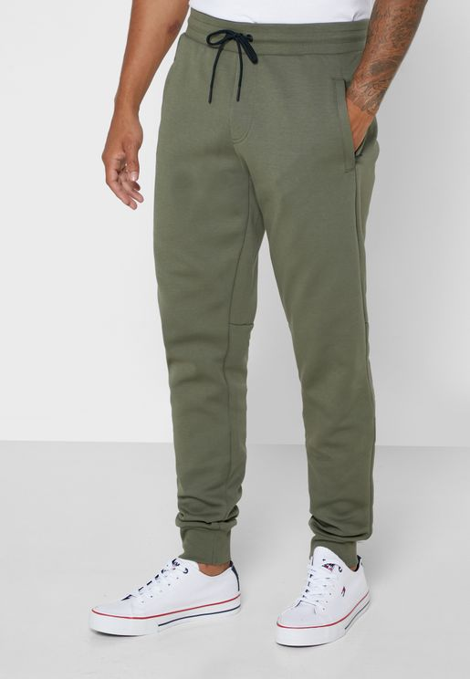 Essential Cuffed Sweatpants