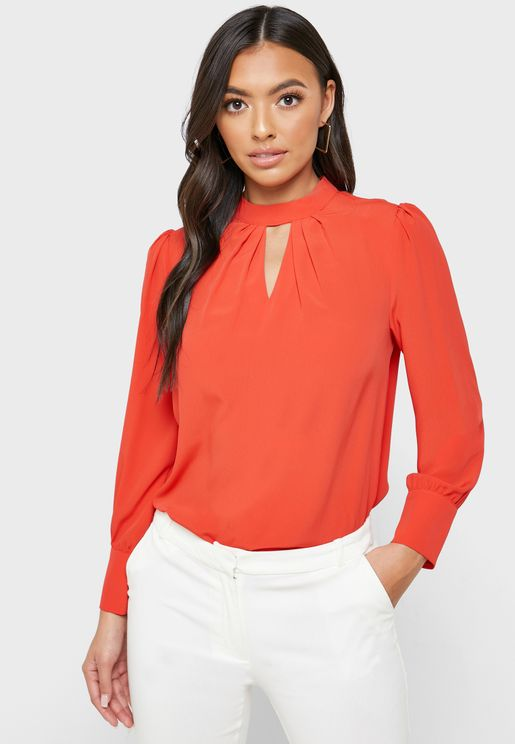 Front Keyhole High Neck Top