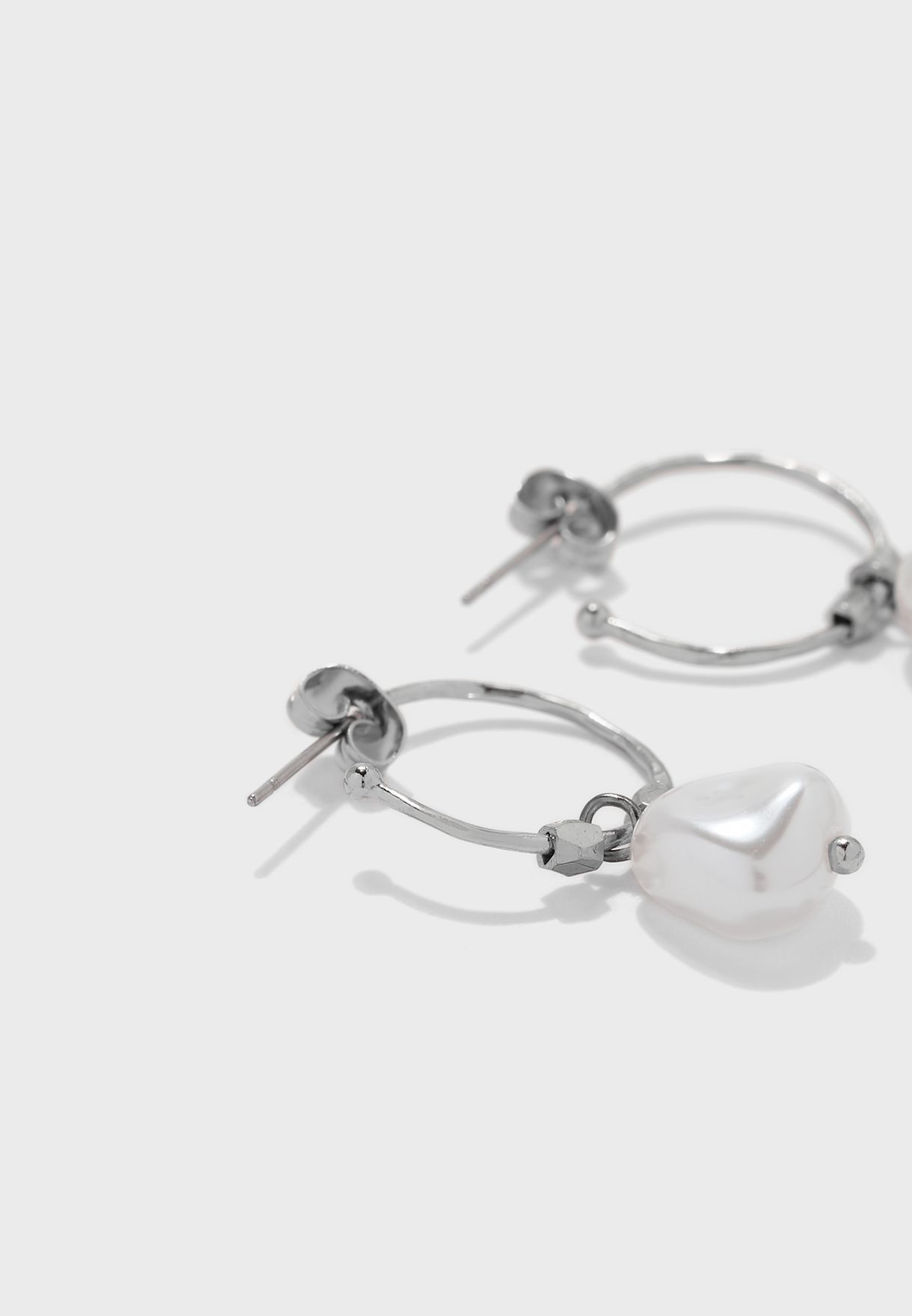 Illy Hoop Earrings