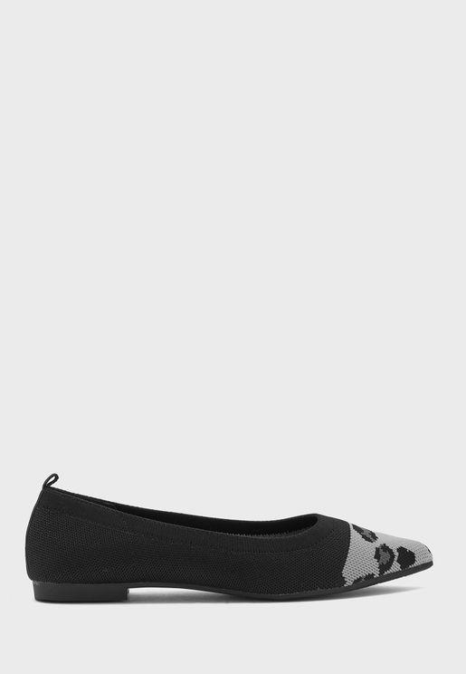 Knit Leopard Toe Cap Comfort Flat Shoe