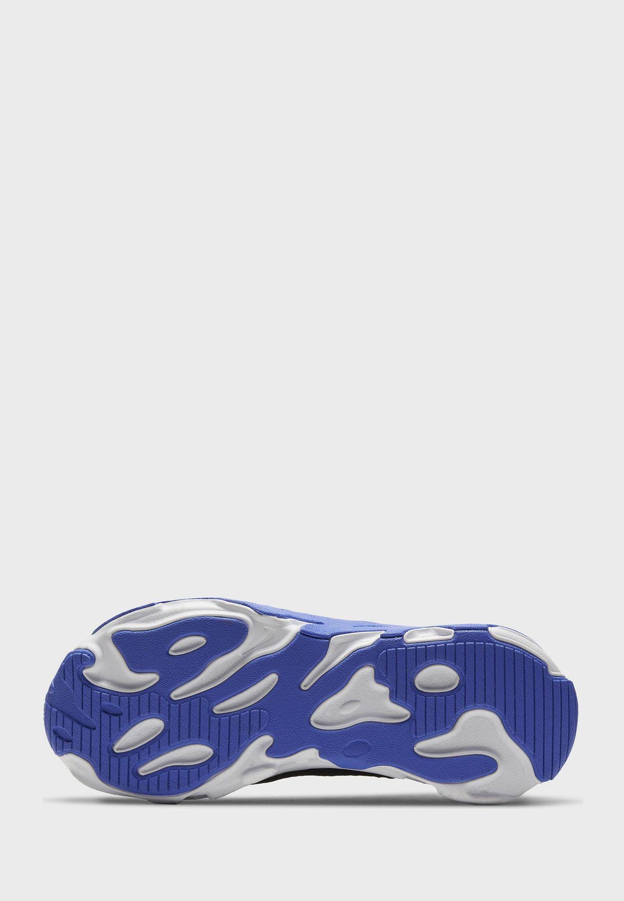 حذاء ار تي لايف