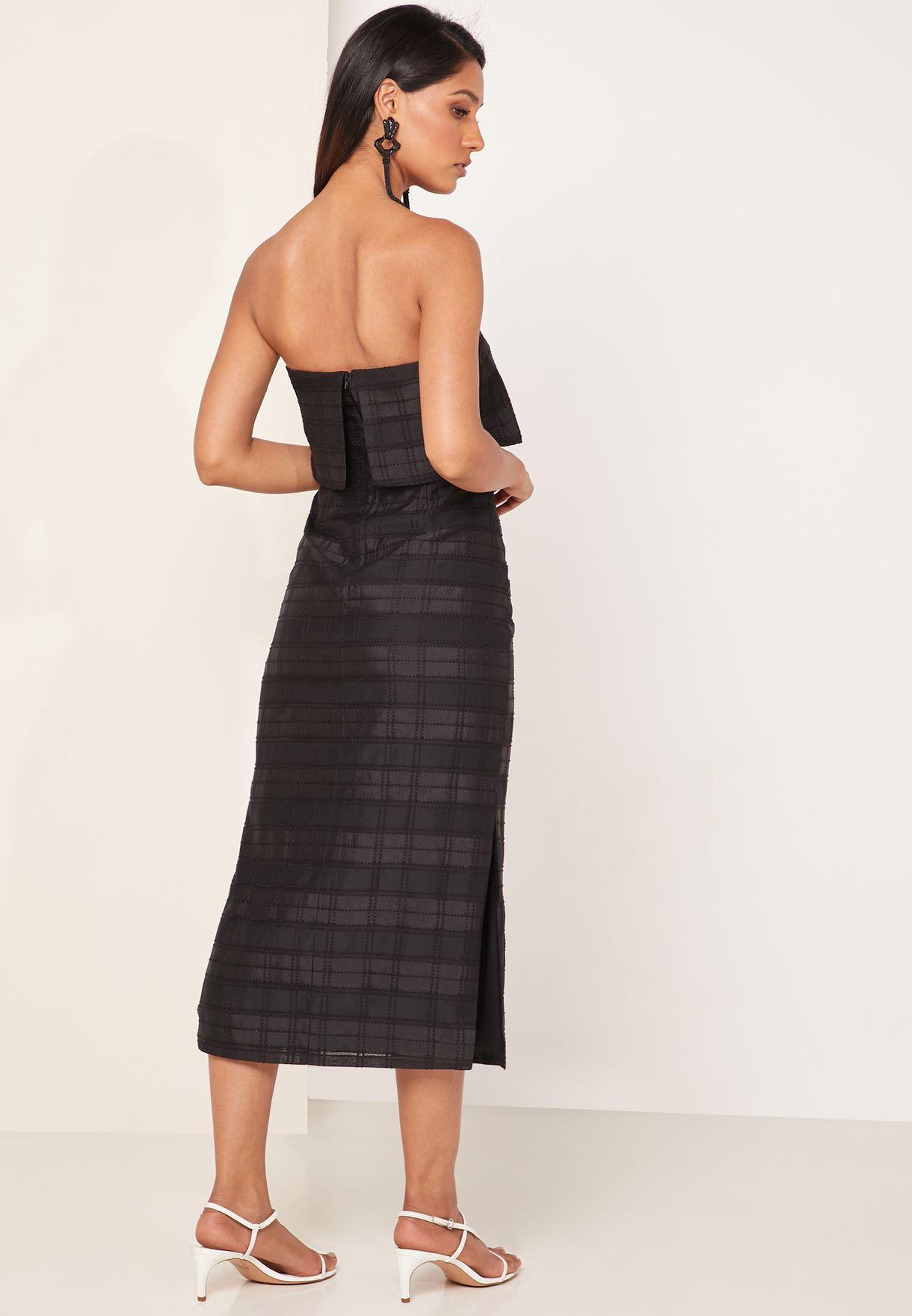 فستان عاري الاكتاف بطبعات مربعات
