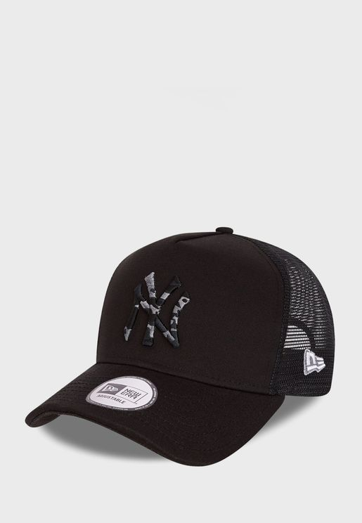 9Forty New York Yankees Camo Trucker Cap