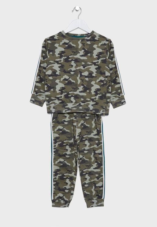 بدلة رياضية بطباعة جيش للاطفال