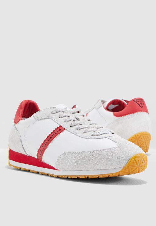 separation shoes 8c1d6 6ec6f Sneakers for Men  Sneakers Online Shopping in Dubai, Abu Dha