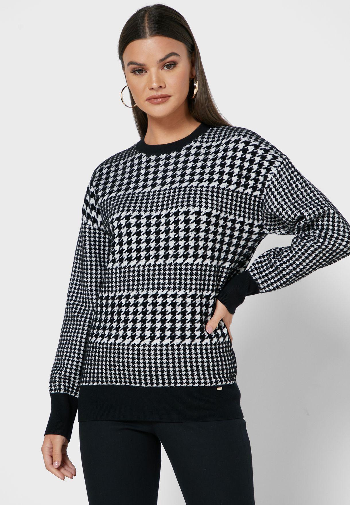 Novahh Round Neck Sweater