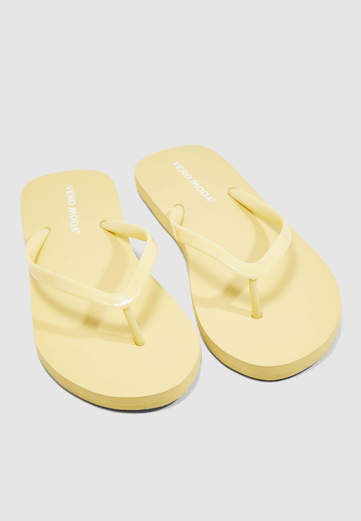 22d21c8702ae76 Shop Vero Moda yellow Ida Flip Flop 10214144 for Women in Saudi ...