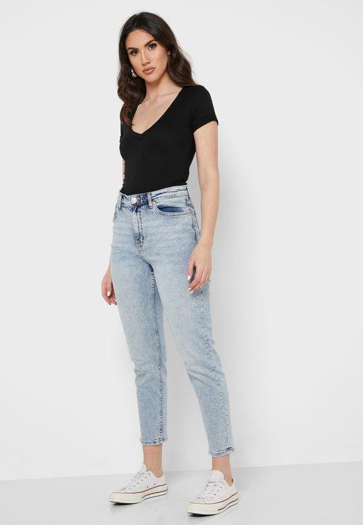 جينز واسع (مام) بضربات باهتة