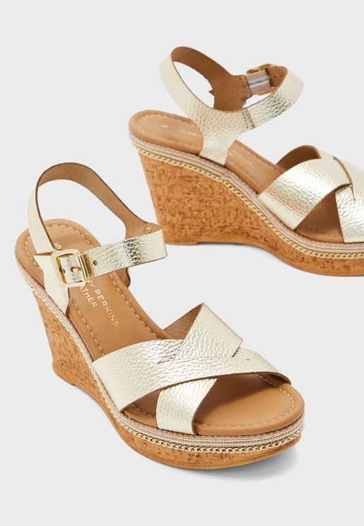 Viva Cross Strap Wedge Sandal