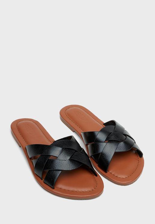 Alia Flat Sandal