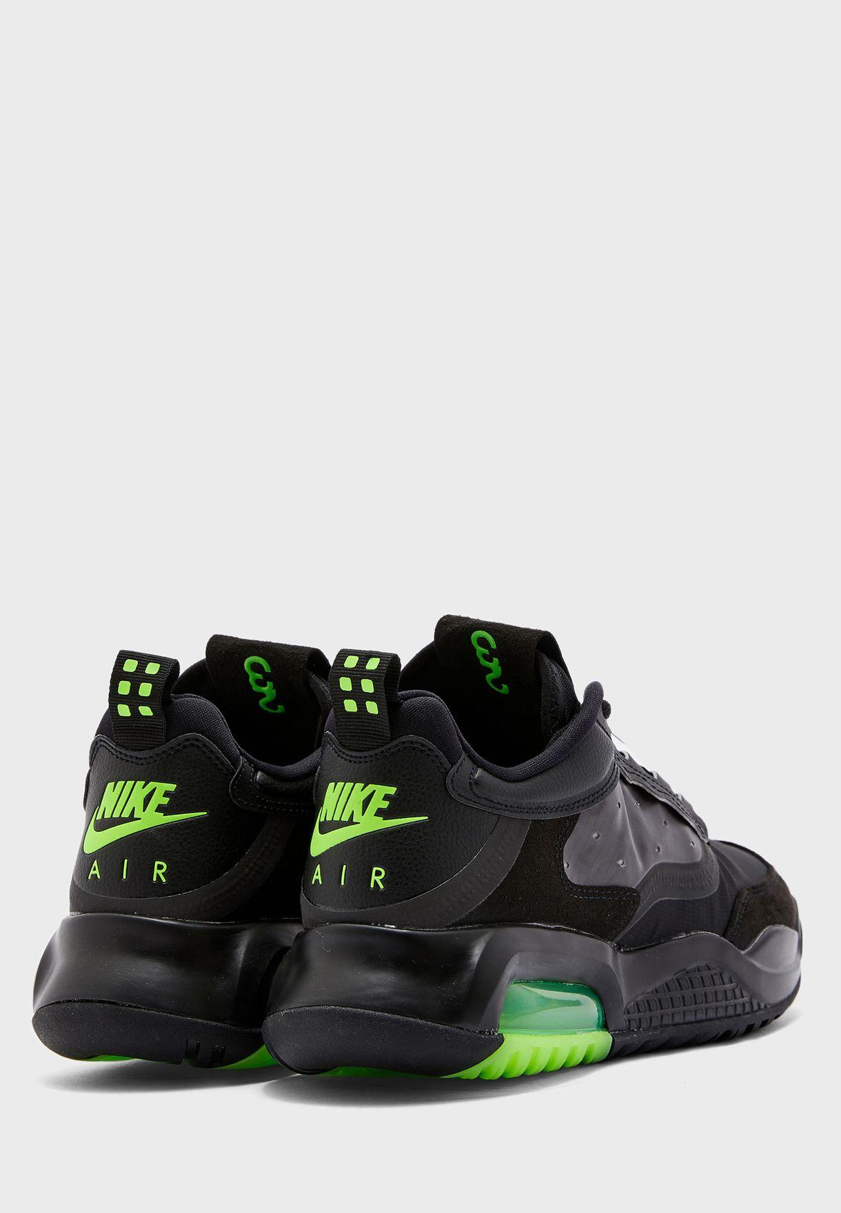 حذاء جوردان ماكس 200