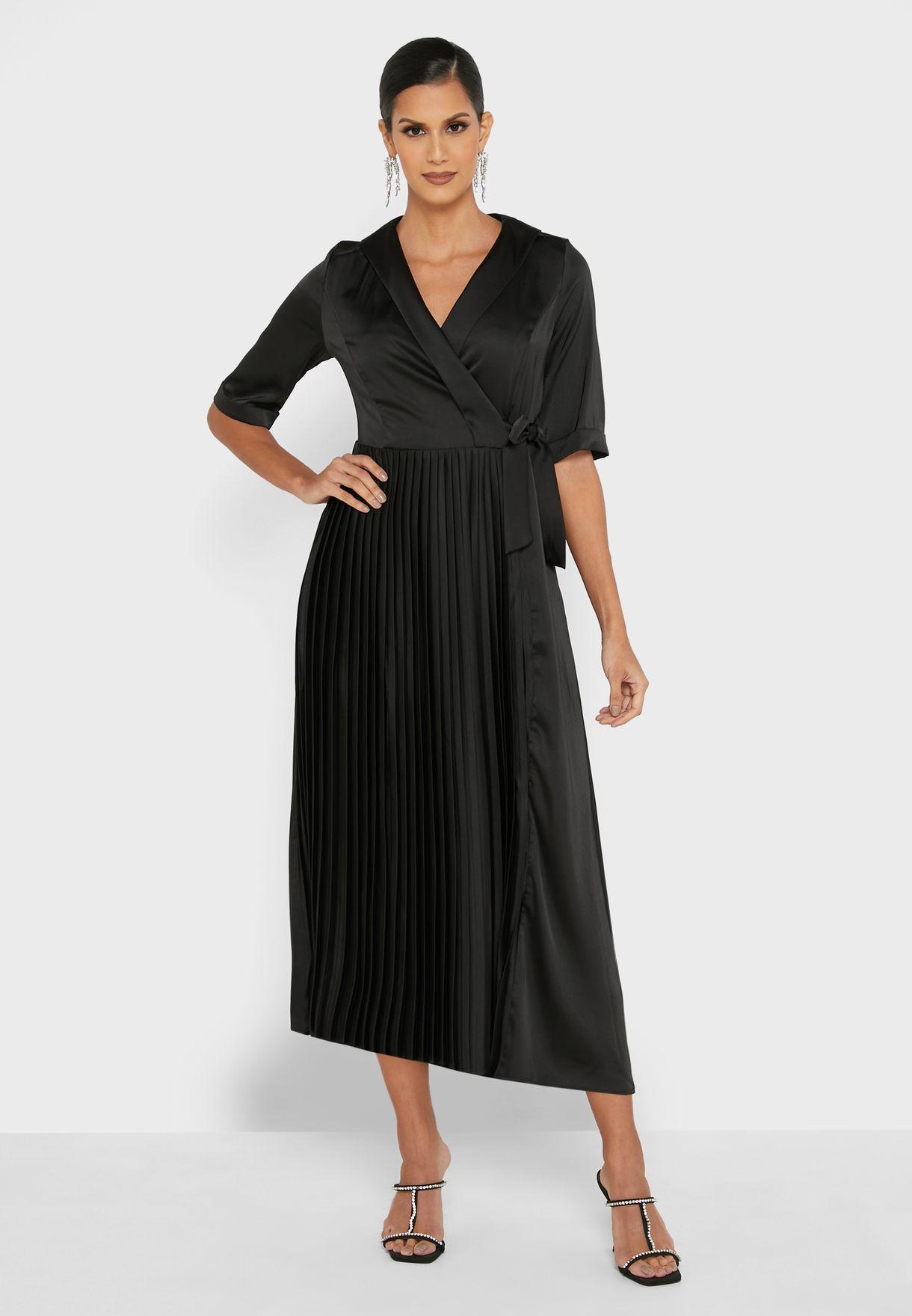 فستان لف بأربطة