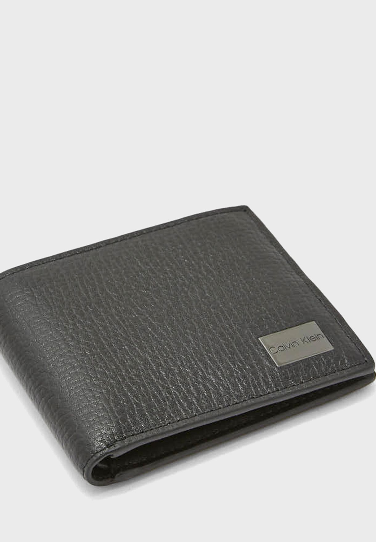 محفظة قابلة للطي