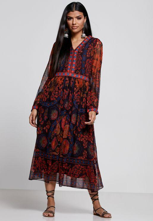 فستان مطبع باكمام بالون