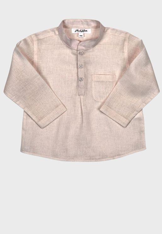 بلوزة بنمط قميص كلاسيكي