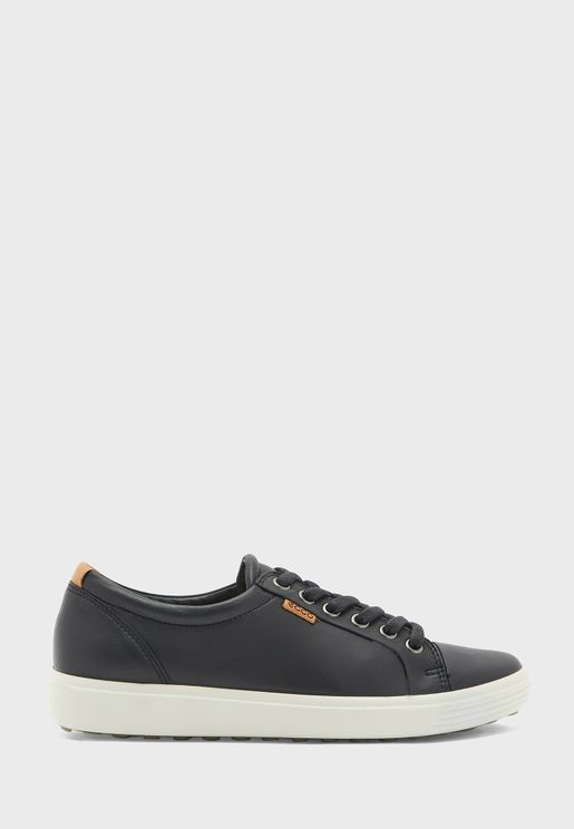 Soft Low Top Sneaker