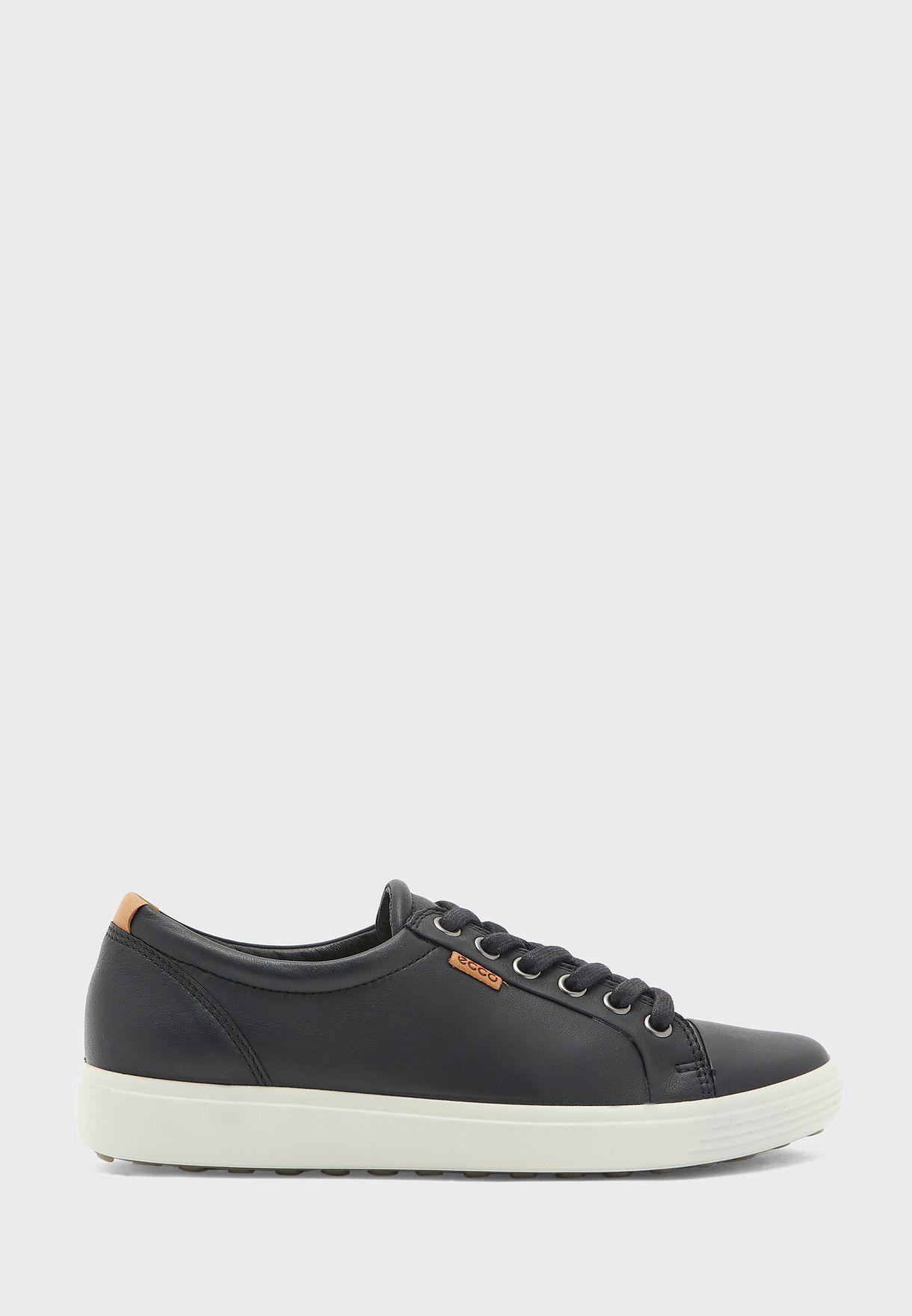 Soft Low Top Sneaker