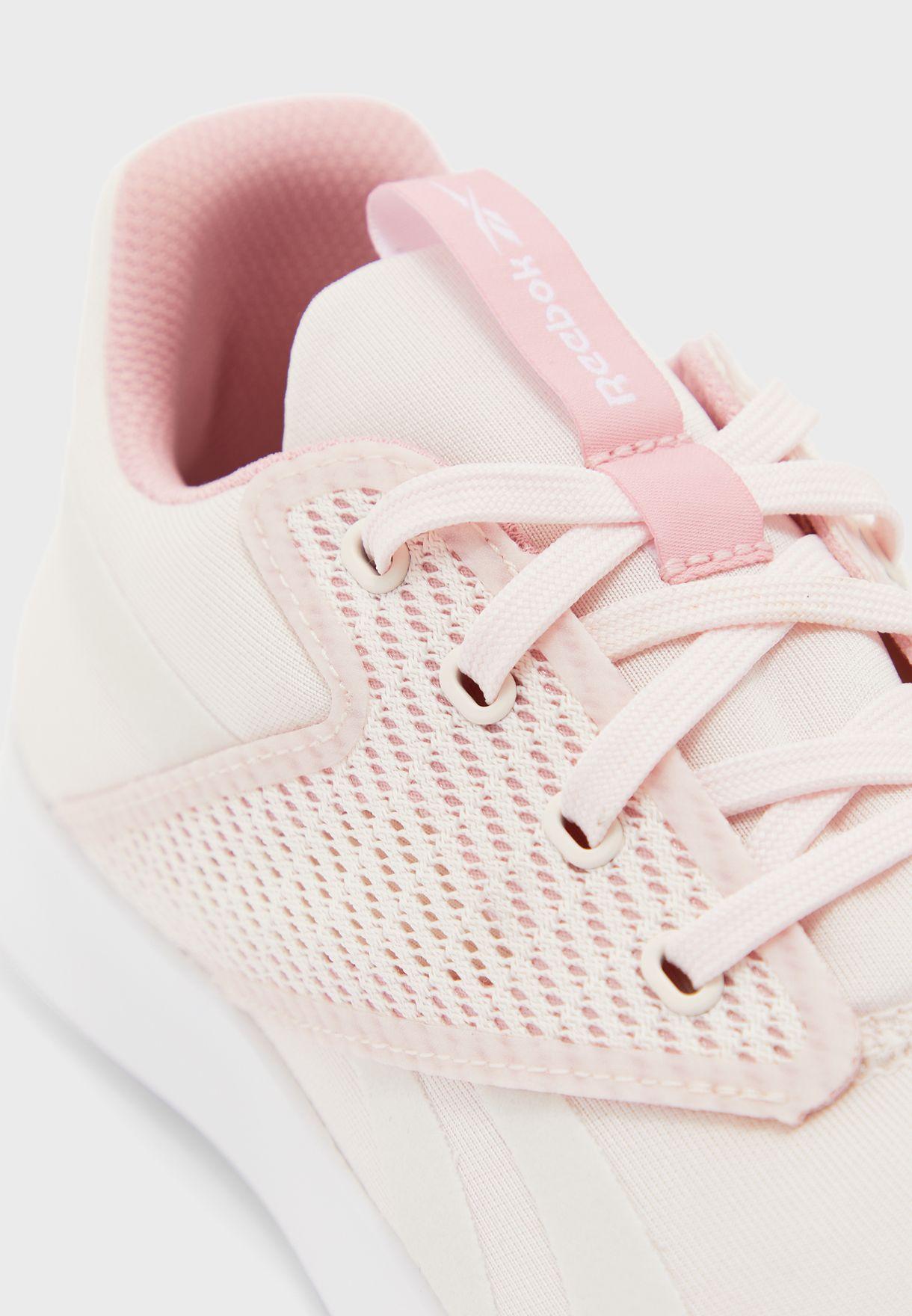 حذاء ايفازور دي ام اكس لايت 3