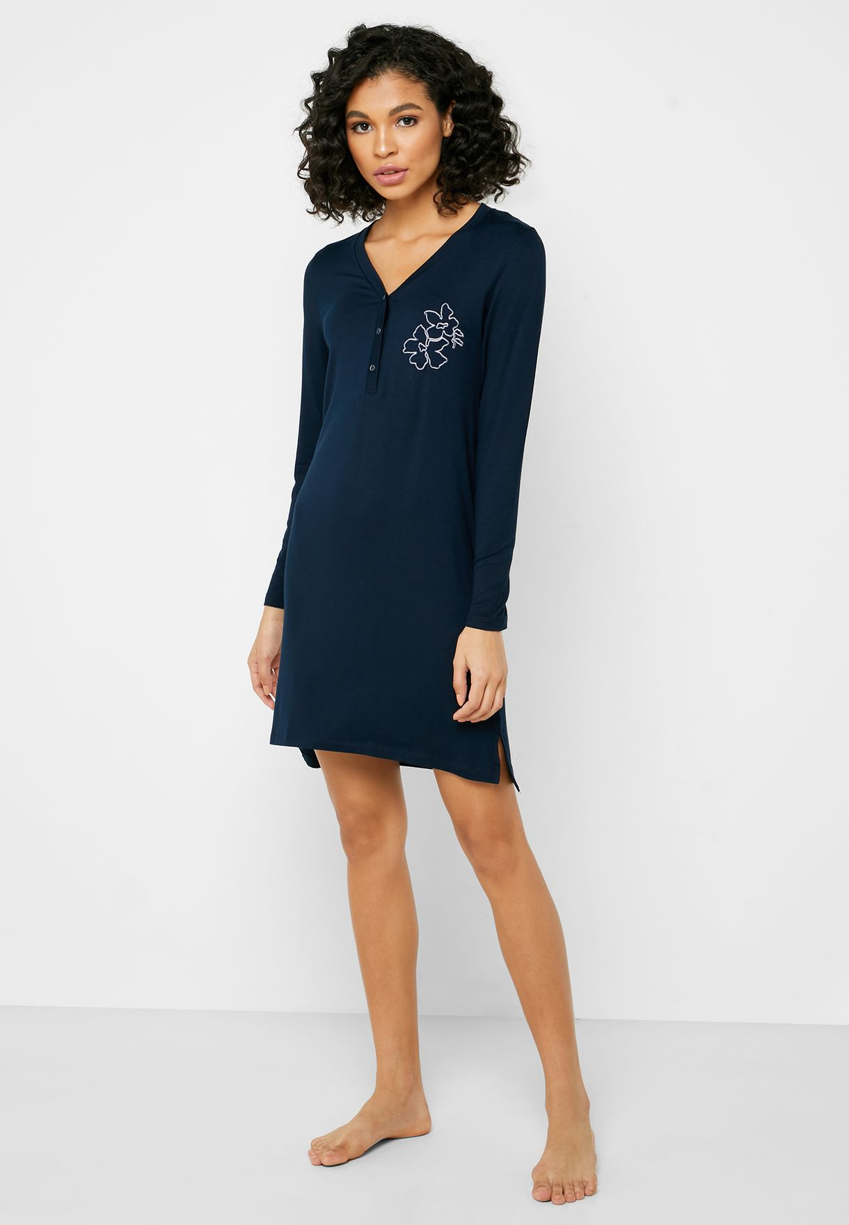 Graphic High-Low Button Detail Nightdress