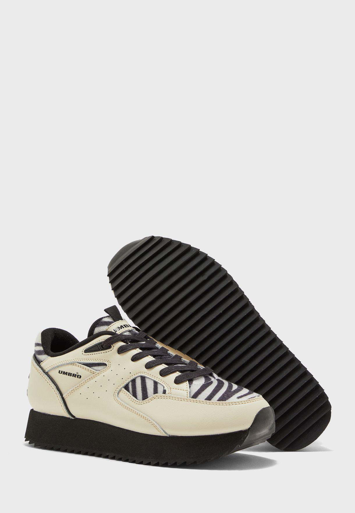 حذاء ايلايت مونديال لوكس