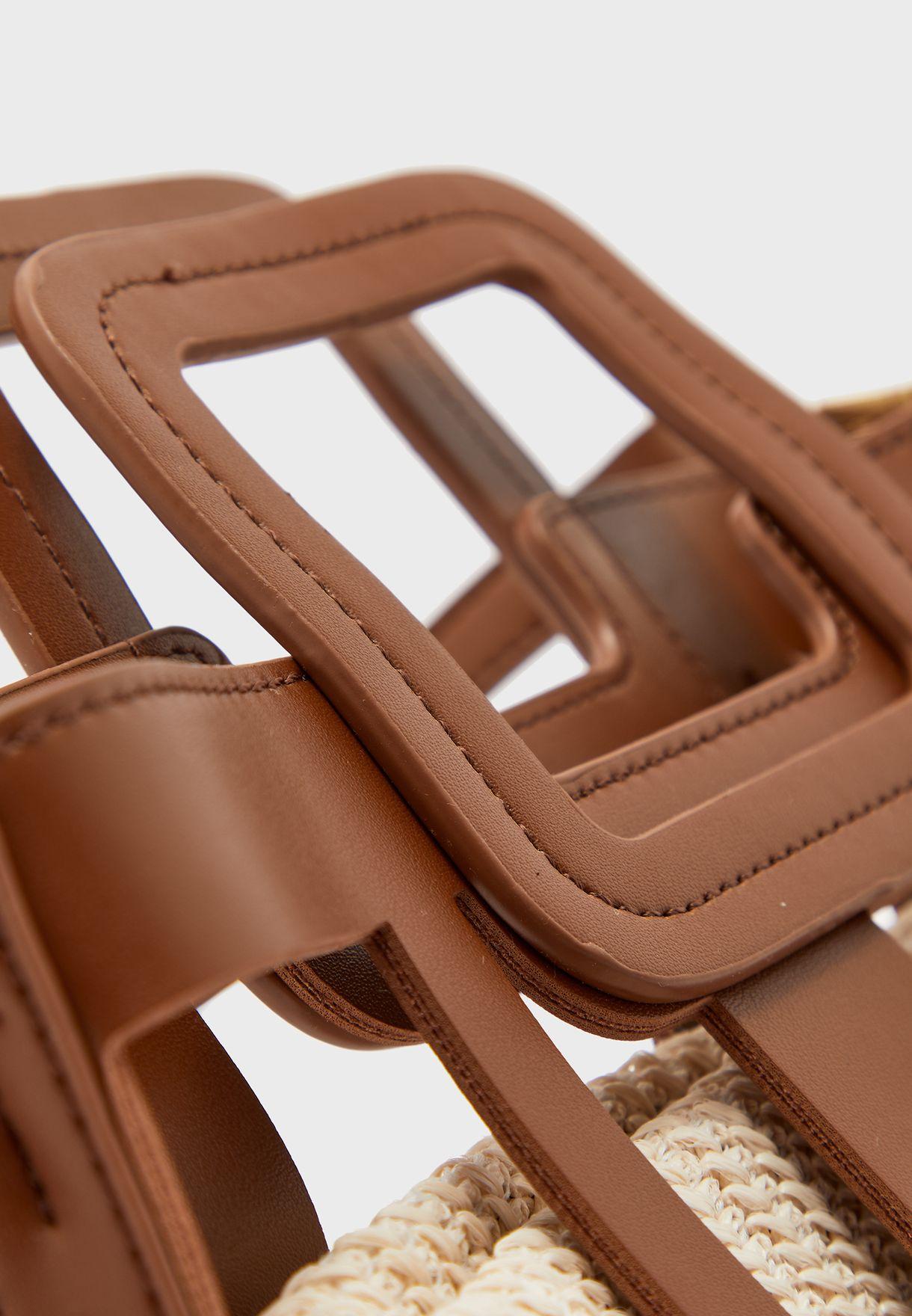 شنطة مع حقيبة قش داخلية