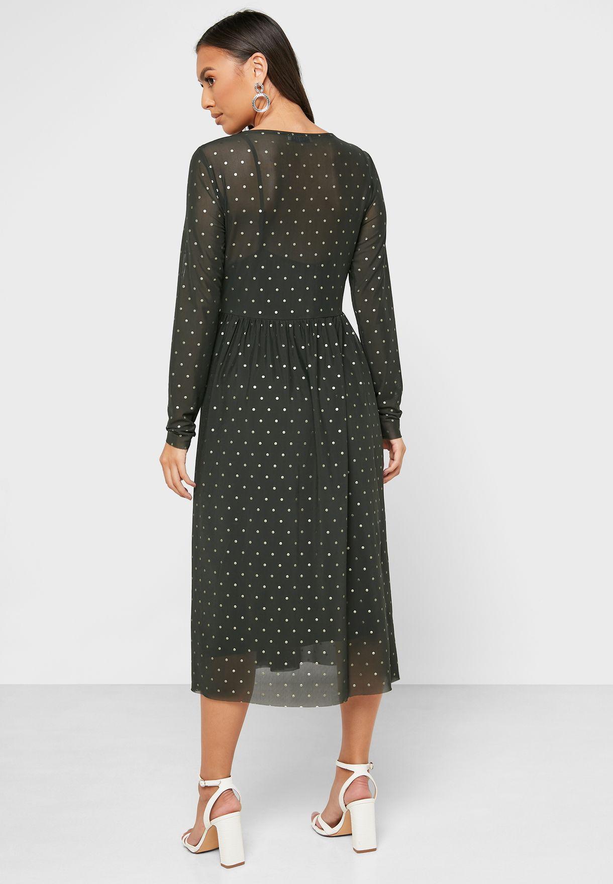 فستان باجزاء شفافة