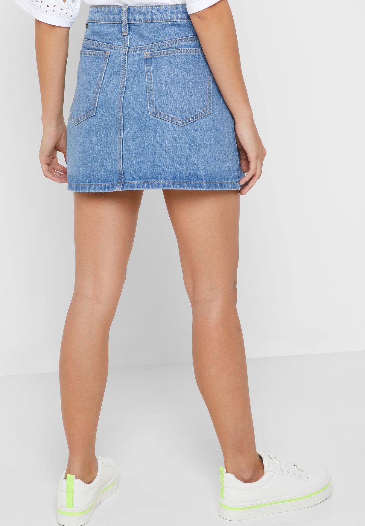 تنورة جينز مزينة بفيونكة