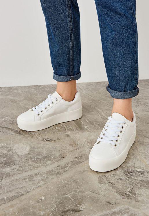 حذاء سنيكرز بكعب بلاتفورم