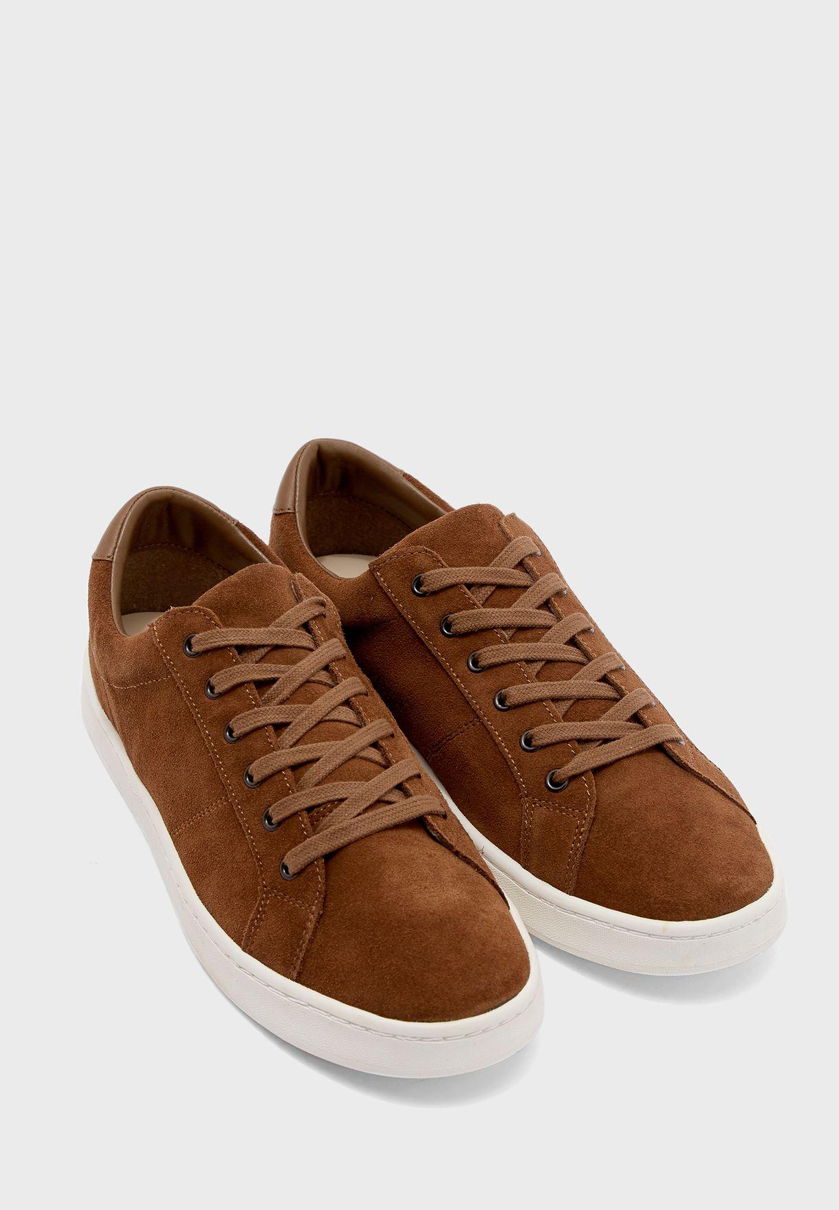 Serra Sneakers