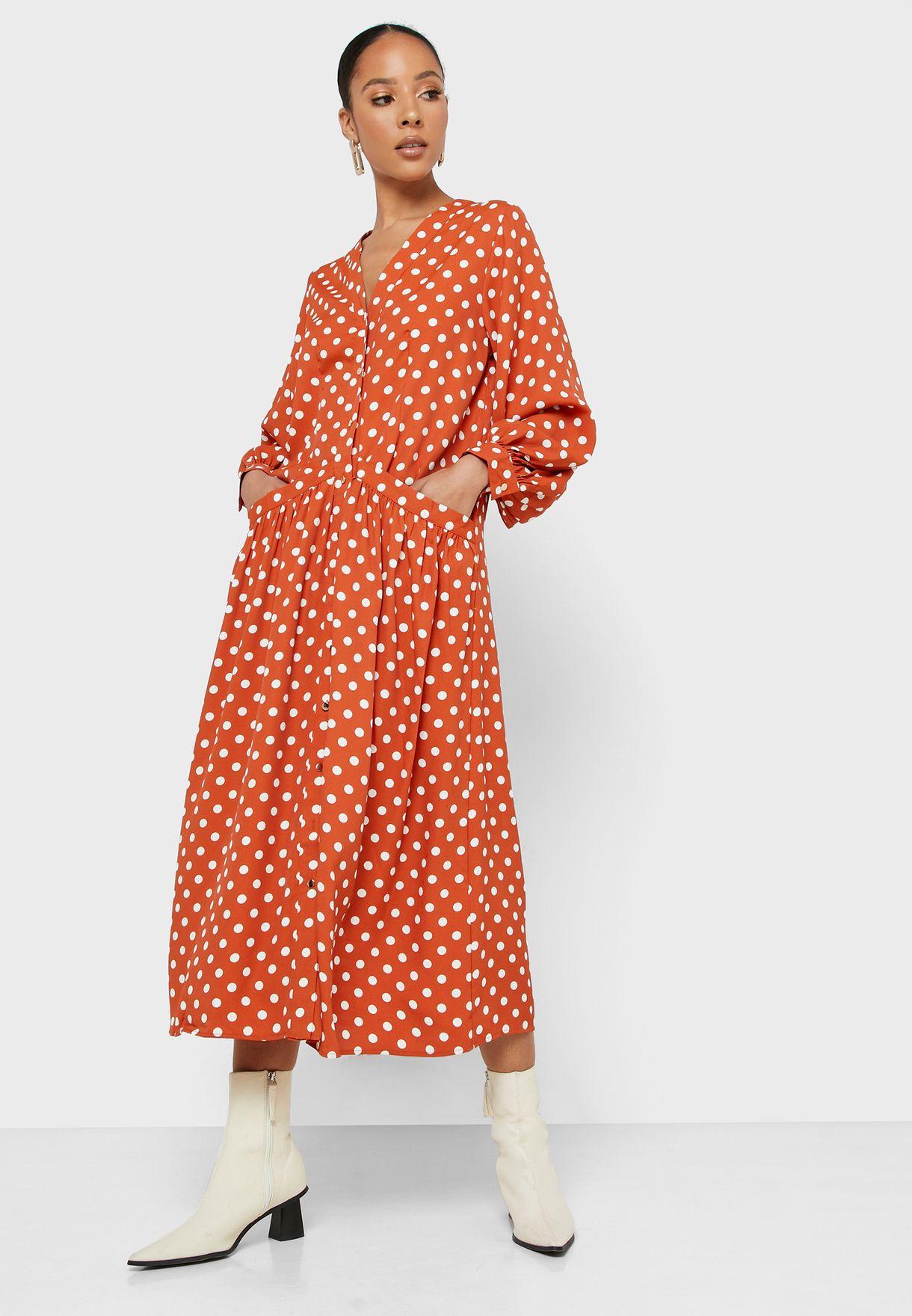 فستان مطبع بجيوب