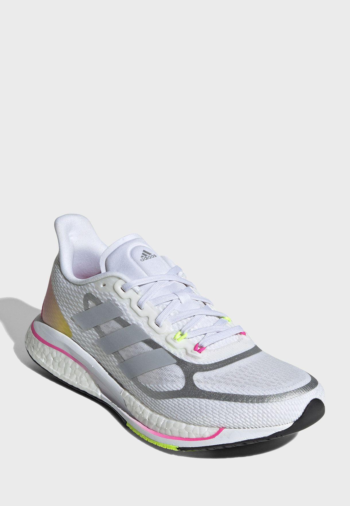 حذاء ركض سوبر نوفا للنساء