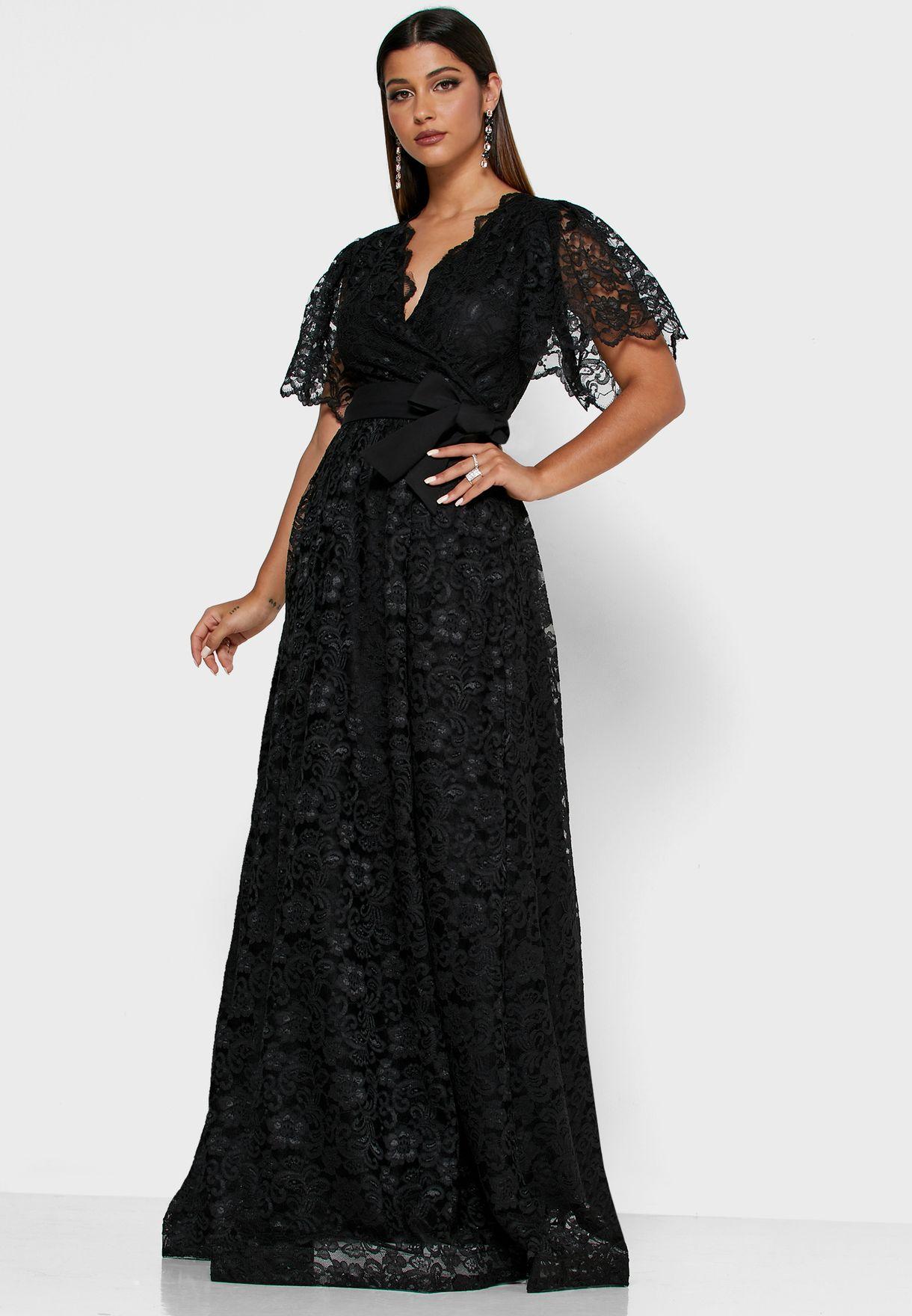 فستان مكسي دانتيل بنمط لف