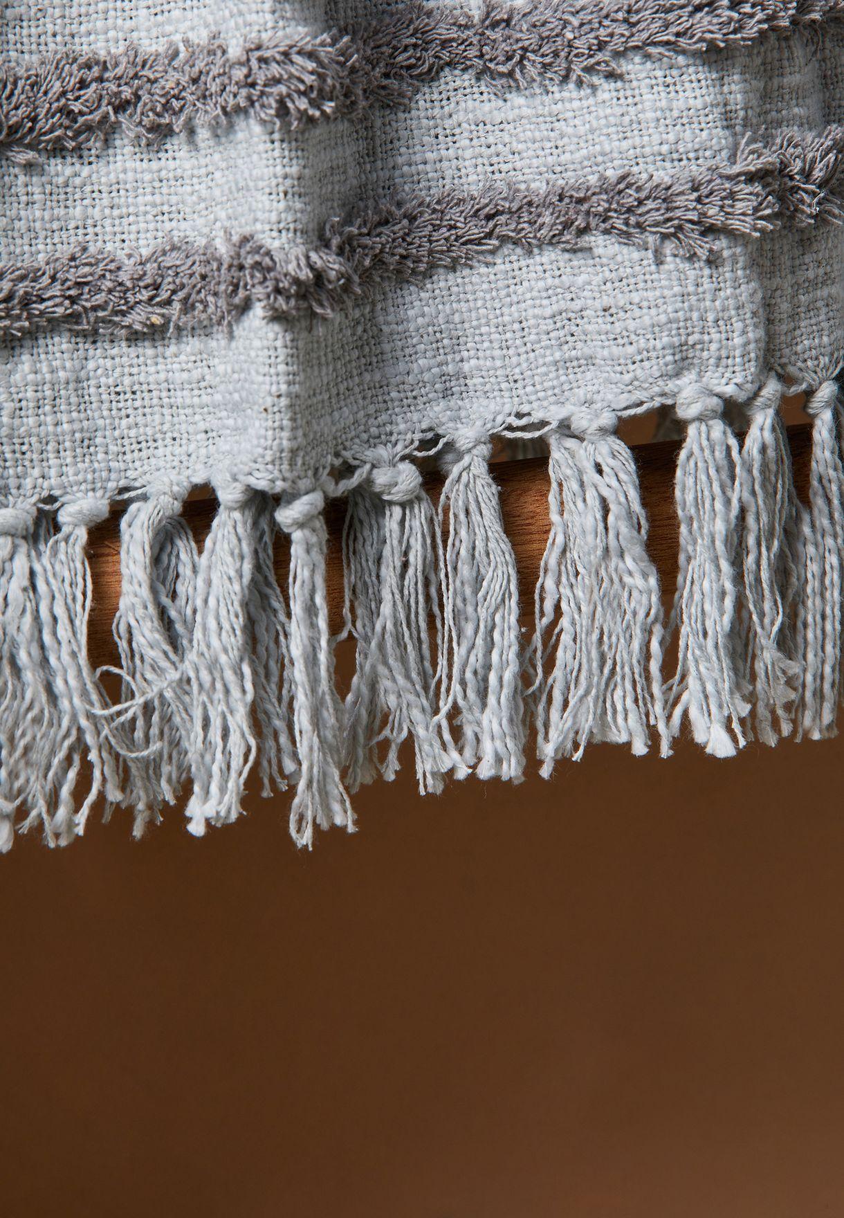 بطانية بشراشيب