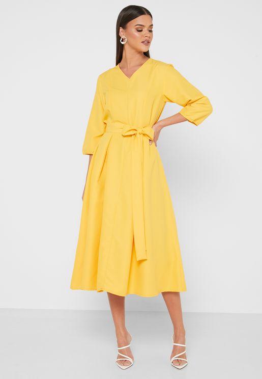 Detailed Waist Box Pleated Midi Dress